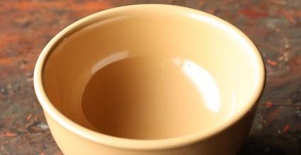 白の汁椀。